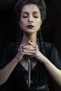 the sorceress - dagger 2