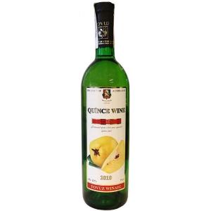 Мы имеем прекрасный выбор собственных вин – айвовое , гранатовое, виноградное превосходного качества.