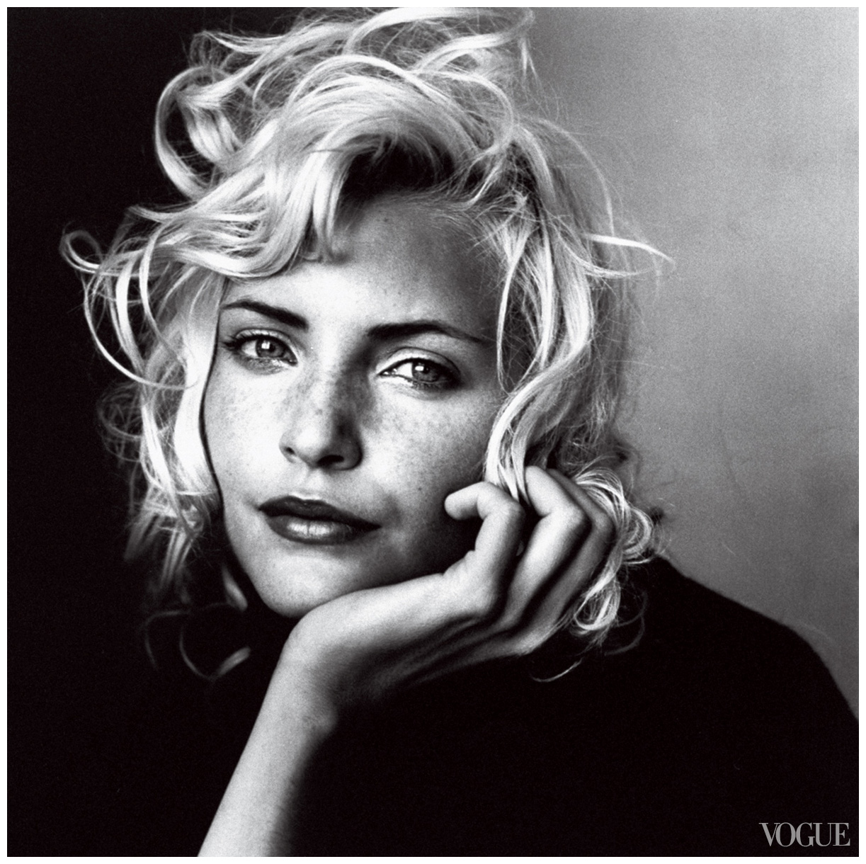 Irving penn famous fashion and beauty portrait photographer