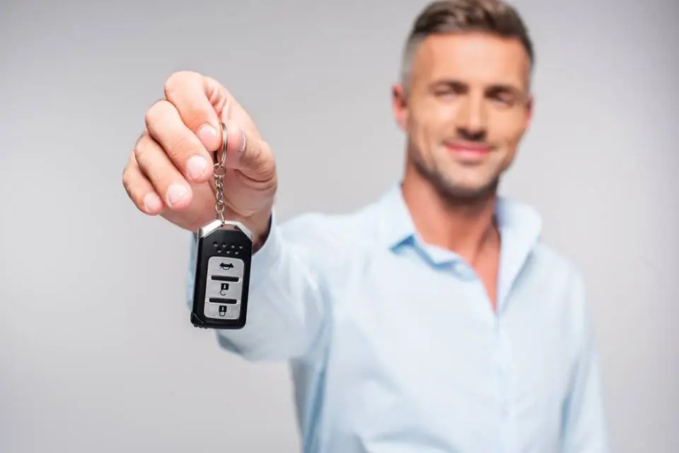 how to turn off car alarm without remote