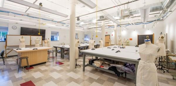 Rhode Island School Of Design Risd - Apparel