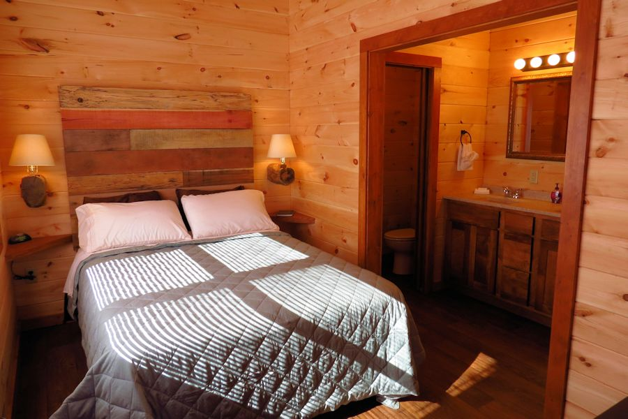 sofa sleeper for cabin score app one bedroom hot tub log cabins in the shawnee national forest