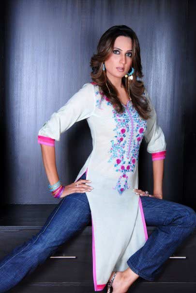 Women Kurta in Pakistan  SheClickcom