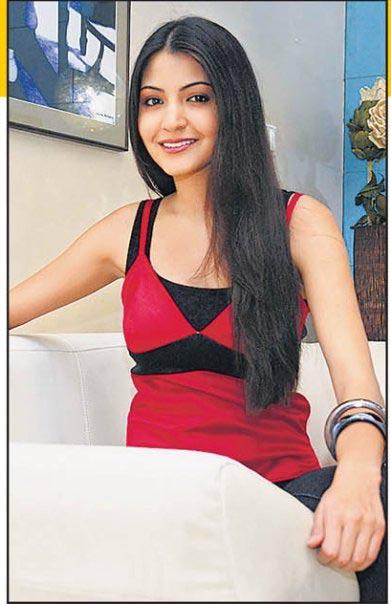 Anushka Sharma At Home