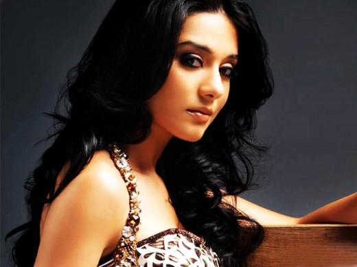 Amrita Rao Marriage Photos  SheClickcom