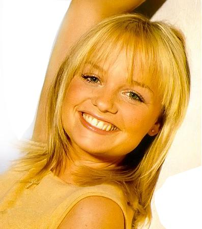 Emma Bunton Hairstyles and Trendy Haircut Pictures  SheClickcom