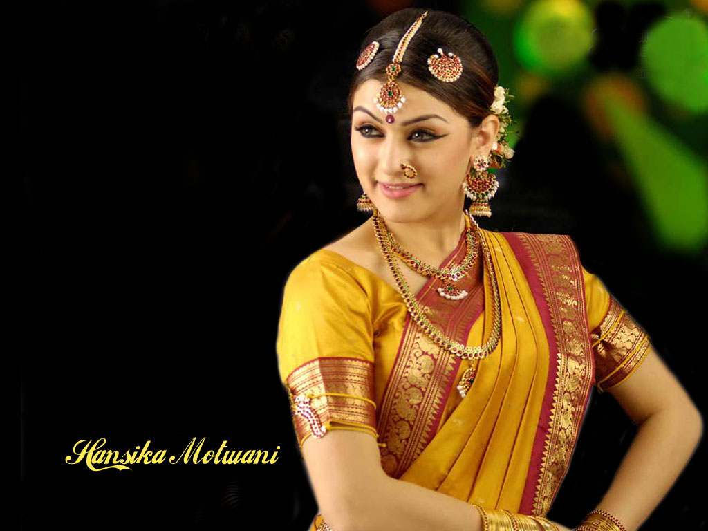 Hansika Motwani Wedding Saree Jewellry  SheClickcom