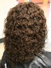 shoulder length spiral perm hairstyle