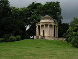 stowe_temple_of_ancient_virtue