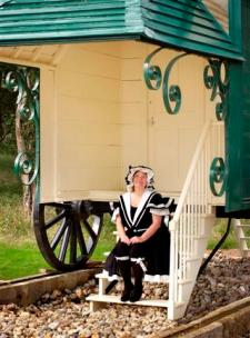 Queen Victoria's Bathing Machine2
