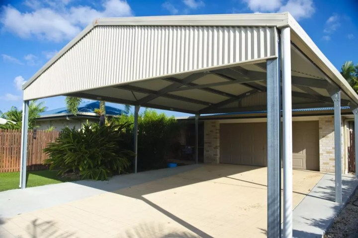 One of the brilliant bonuses of installing a carport in your residence is that you can use it as an extension of your home during the summer.