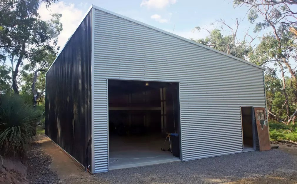 Custom Designed 15Lx9Wx3.9H Skillion Shed, Built By Shed Boss Fleurieu.  Featuring COLORBOND® Woodland Grey®, With Contrasting Horizontal Clad  Zincalume® To ...