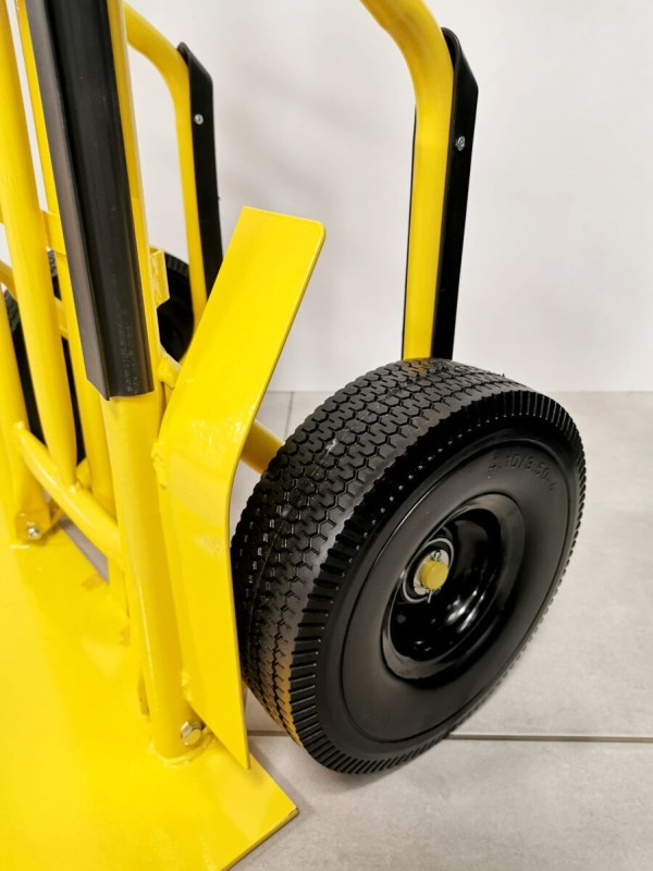 A close up of the non-puncture wheel on the industrial sack truck.