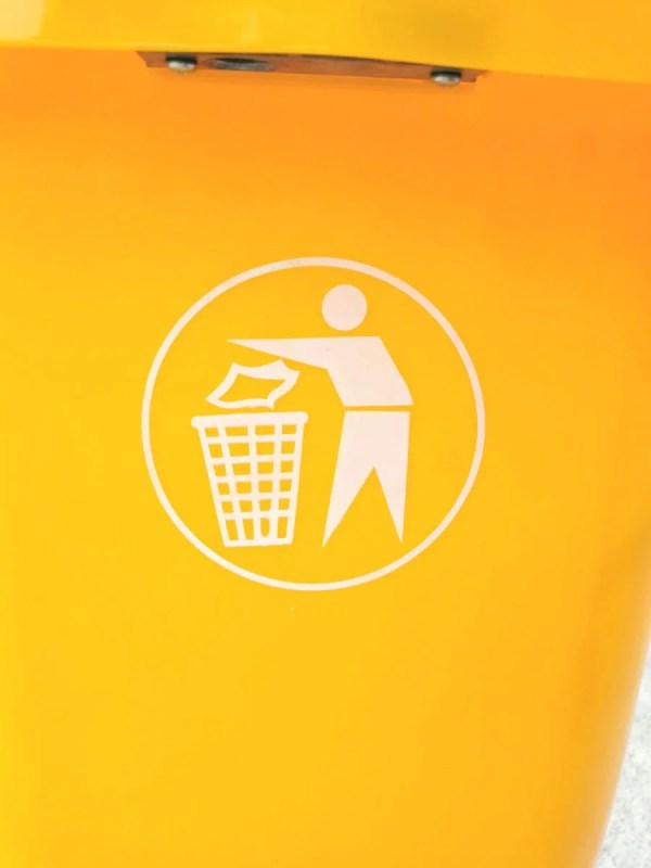 The yellow bin logo