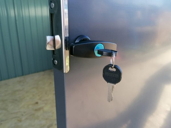The lokcing door handle on the premium panoramic shed