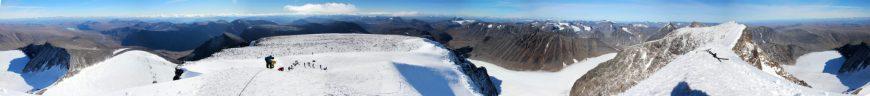 Gipfelpanorama am Kebnekaise (2.111m)