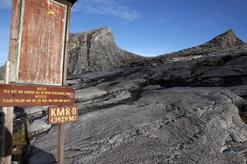 Mount Kinabalu bei bestem Wetter