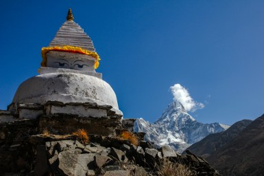 Stupa mit Ama Dablam