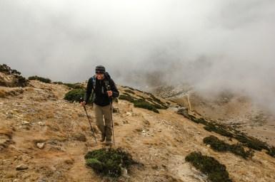 Aufstieg im Nebel auf den Nangkartshang (5.083m)