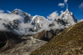 Taboche (6.542m) und Cholatse (6.440m)