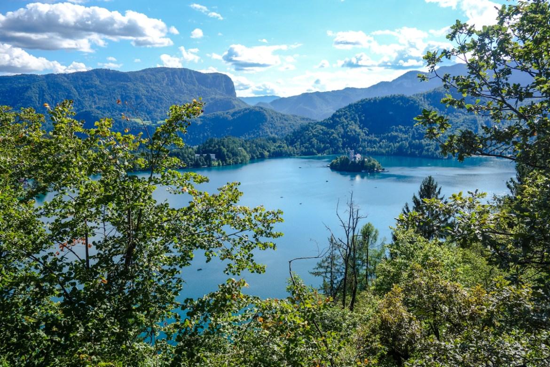 Blick auf den See Bled und seine Insel