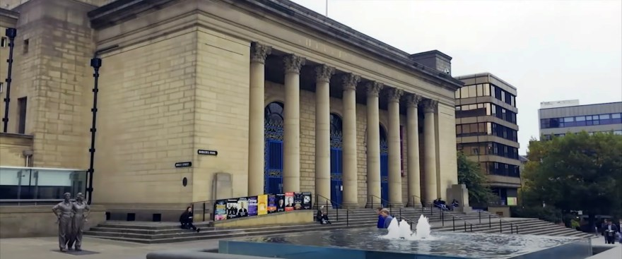 Sheffield City Hall and the Women of Steel, Barkers Pool