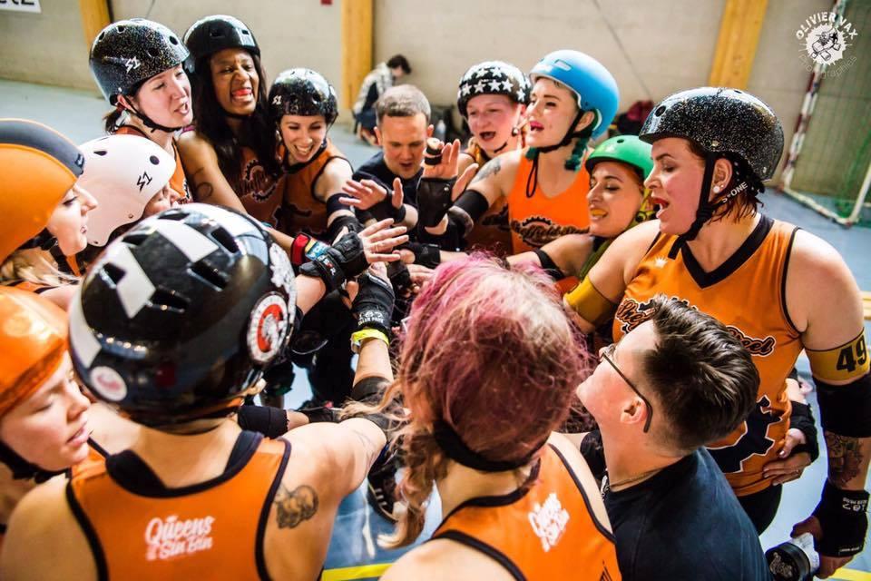 Image of Sheffield Steel Roller Derby skaters