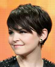 stylish women short haircuts
