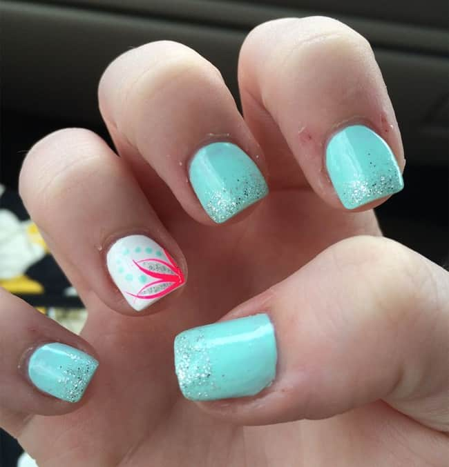 30 Super Pictures of Pretty Nail Designs