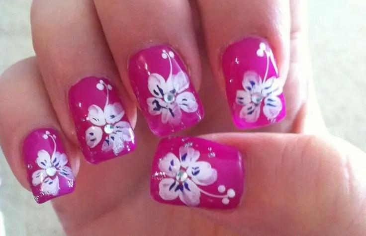 25 Astonishing Flower Nail Designs for Inspiration