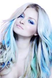 blue hair streaks ideas