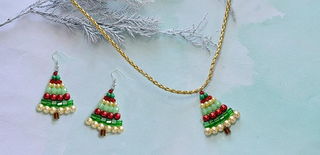 25 Astonishing Christmas Jewelry Design Ideas  SheIdeas
