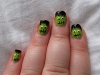22 Attention-Grabbing Halloween Nail Art Ideas - SheIdeas