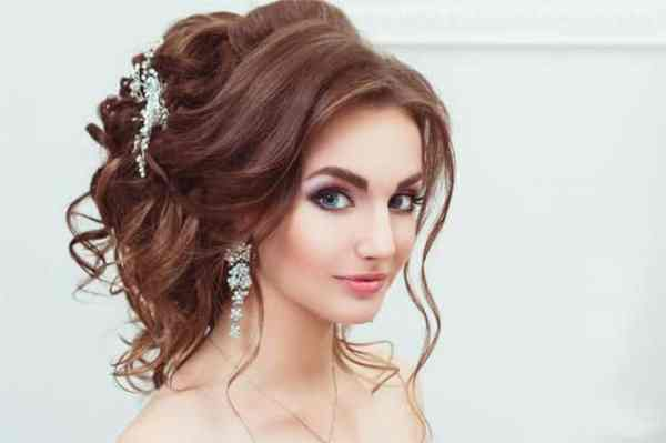 30 Hairstyles To Wear To A Party Hairstyles Ideas Walk The Falls