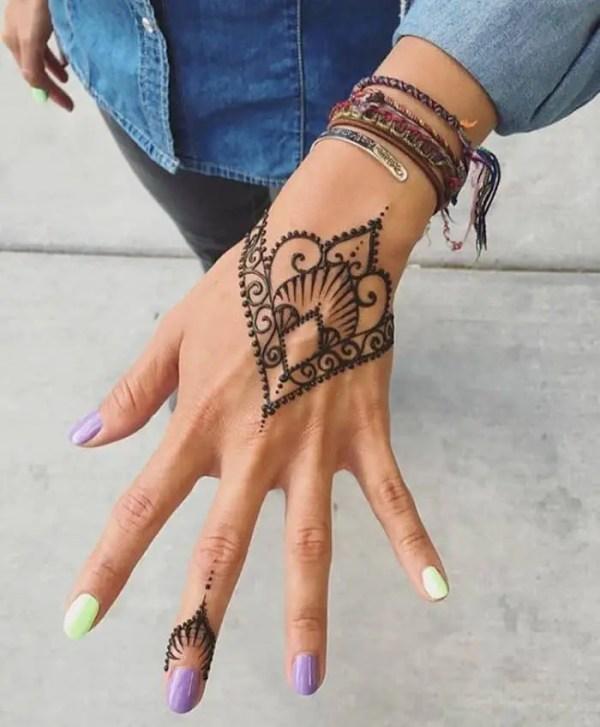 20 Easy Henna Tattoos Tumblr Ideas And Designs