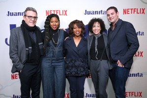 """NEW YORK, NEW YORK - MARCH 07: (L-R) Writer Roderick Spencer, producer Mel Jones, actress Alfre Woodard, producers Stephanie Allain and Jason Michael Berman attend """"Juanita"""" Special Screening on March 07, 2019 in New York City. (Photo by Monica Schipper/Getty Images for Netflix)"""