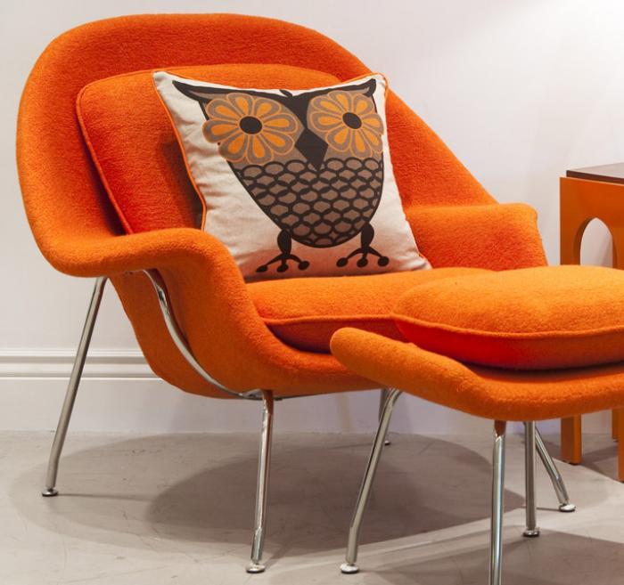 Eero Saarinens Womb Chair  Model No 70  Sheila Zeller