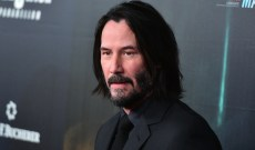 Keanu Reeves Surprises a Fan After Noticing a 'Breathtaking' Sign in Their Yard, & We're in Love