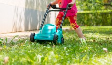 The Best Play Lawn Mowers for Little Gardeners