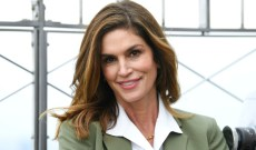 Cindy Crawford Shares Intimate Home Birth Photos & Announces Live Home Birth Q&A
