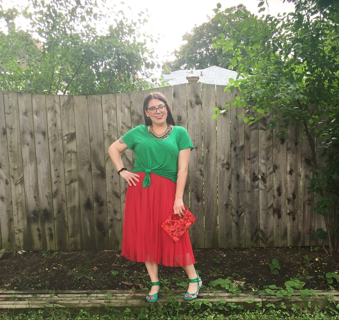 red tulle skirt, Christmas in July, fashion over 40, red and green, Shelbee on the Edge