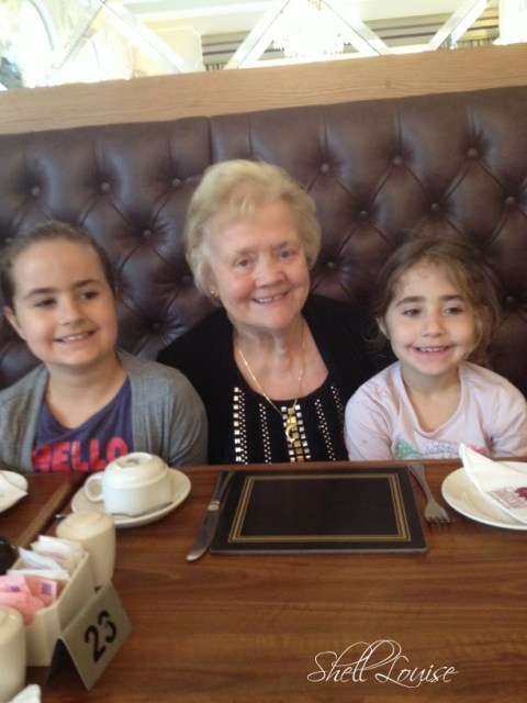 My day in photos - Nanny, KayCee and Ella at the Wetherby Whaler