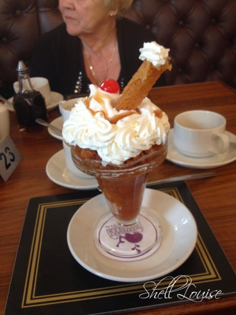 My day in photos - brandysnap dessert at the Wetherby Whaler