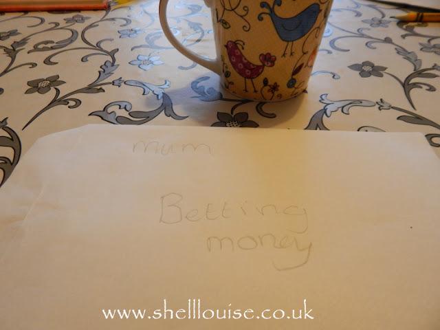 Betting money envelope