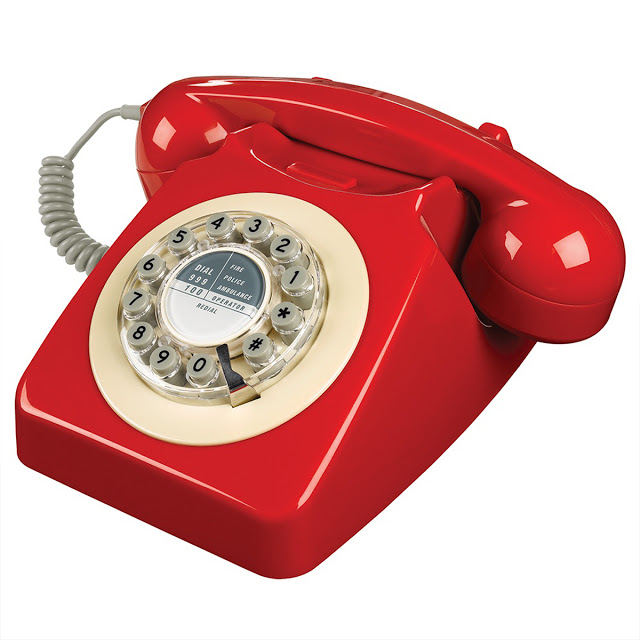 Christmas gift guide - retro phone