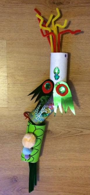 Toilet paper dragon craft