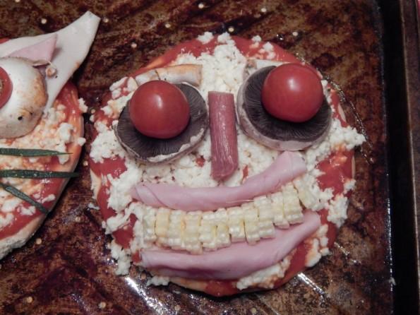 Kaycee's pizza face