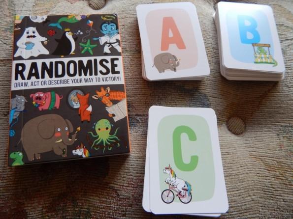 Randomise card game