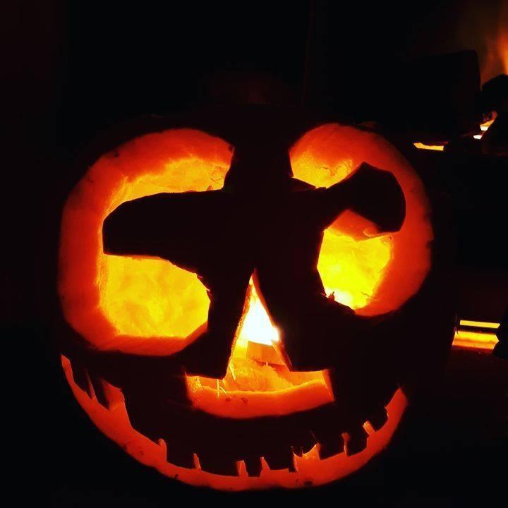 Kaycee Halloween pumpkin carving