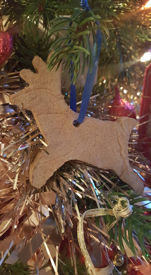 cinnamon dough tree ornaments